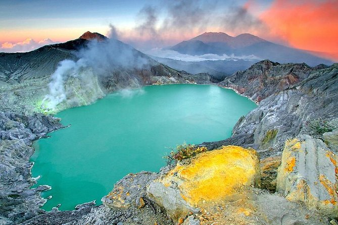 3-Day Bali North Tour with Snorkeling, Dolphin Watching And Ijen blue Fire Trek