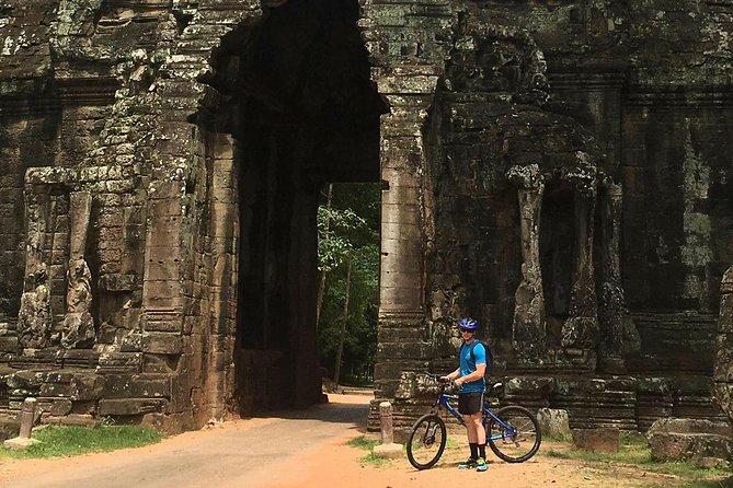 Angkor Temples Bike Tour