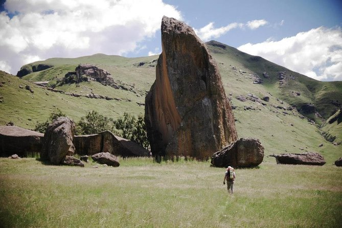 Hike & Stay Overnight in a Cave in the Ukhahlamba Drakensberg