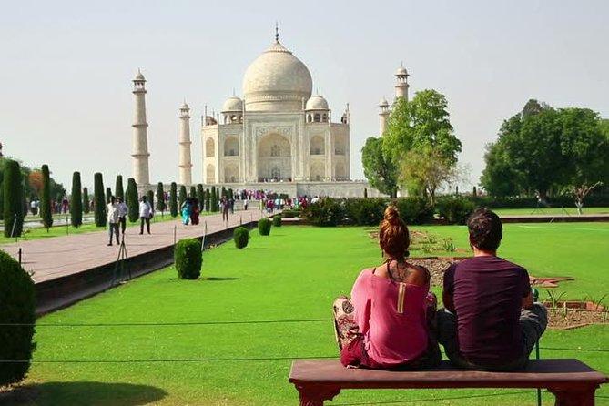 El viaje de 14 horas desde Delhi a Agra por el Tren Súper rápido (Gatimaan Express)