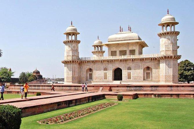 Same Day Tour Taj Mahal including Agra Fort & Itimad-ud-Daulah From Delhi