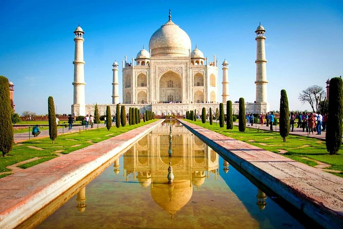 Most Affordable & Popular Taj Mahal Tour with Agra Fort & Fatehpur Sikri From Delhi