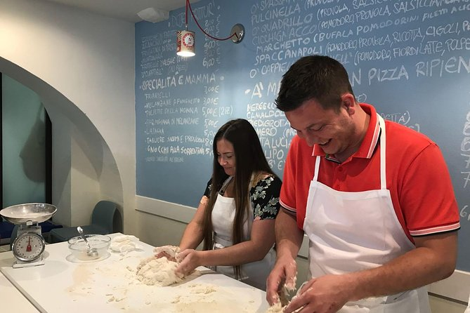 Italian Pizza Cooking Class Experience in Verona