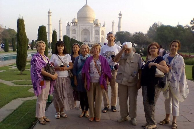 First Timers Special Taj Mahal Tour from Delhi by Luxury Car