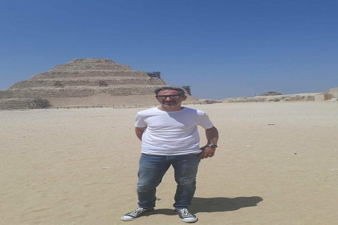Private Day Tour to the Pyramids of Giza, Saqqara, Memphis and Dahshur from Cairo