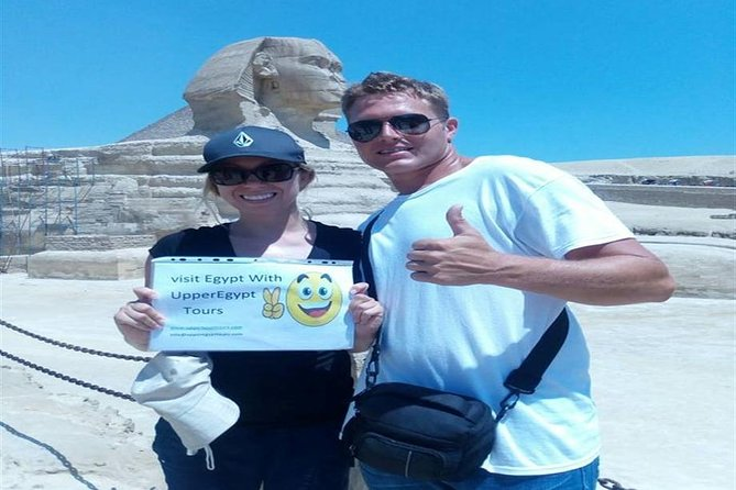 Tour to Giza pyramids and Authentic Breakfast with locals