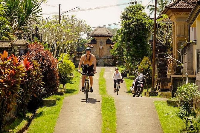 Combination White Water Rafting & Ubud Cycling with Complementary Lunch