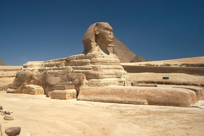 Half Day Private Tour to Giza Pyramids and Sphinx Included Lunch photo 1