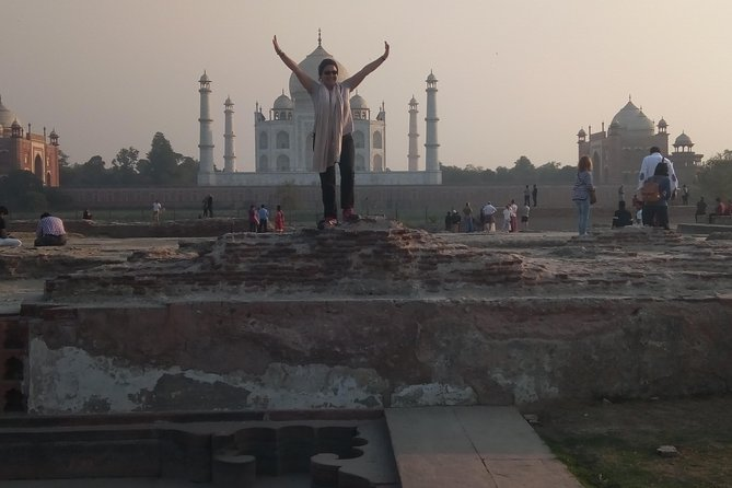 Agra Overnight Tour Package From Delhi by Car