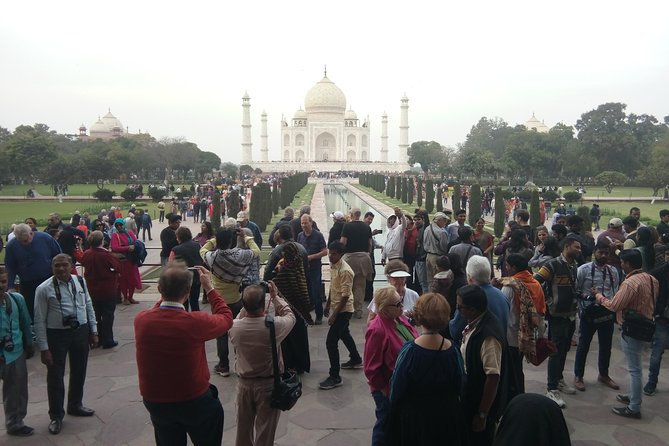 Private Taj Mahal & Agra Fort Day Tour from Delhi with All Inclusive