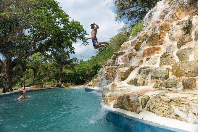 Recorrido todo incluido por la emoción y las cataratas de aventura desde Montego Bay