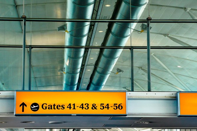 Private Departure Transfer: Cyprus Hotels to Larnaca Airport