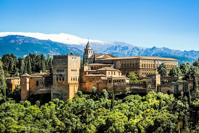 Guided Tour of the Alhambra from Nerja