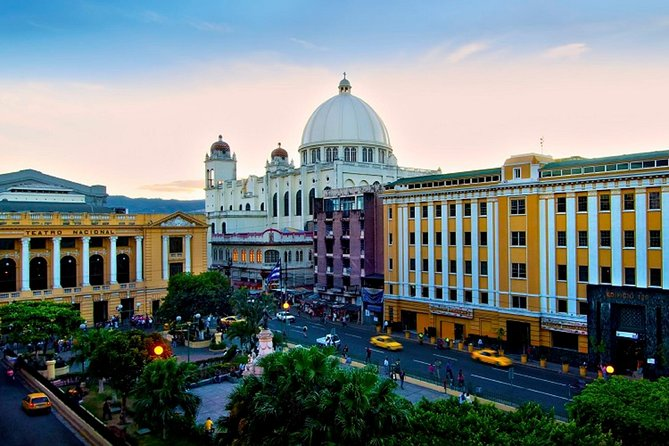 6 Hours Airport Layover Private San Salvador City and Volcano Tour
