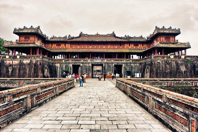 Excursión privada por la ciudad Imperial Hue de día completo desde Hue
