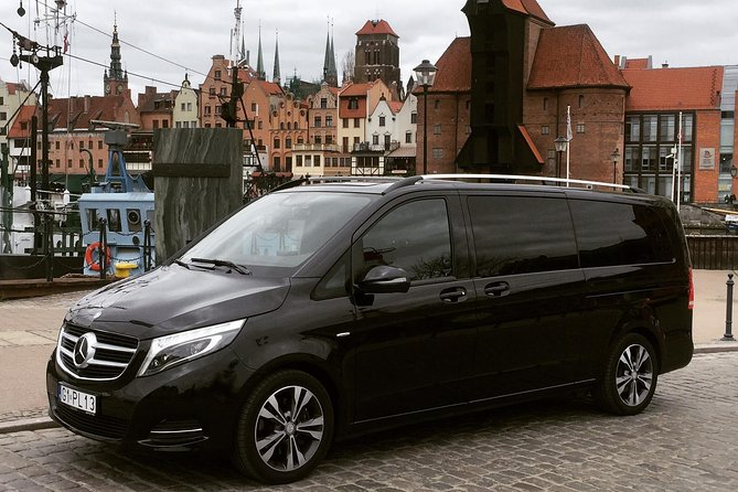 Private Airport Transfer: From Airport Gdansk (GDN) to Hotel in Gdansk