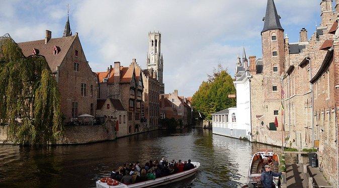 Tour privado: Tesouros de Flandres, Ghent e Bruges saindo de Bruxelas Dia inteiro