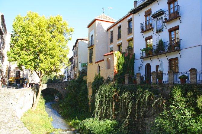 Albayzin and Sacromonte Guided Walking Tour in Granada