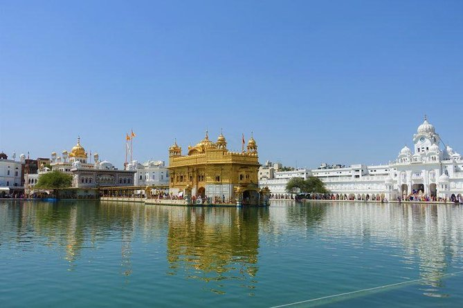 Real Amritsar : Full Day Tour with Wagah Border and Heritage Walk