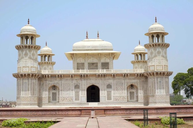 Delhi to Agra Private Transfer