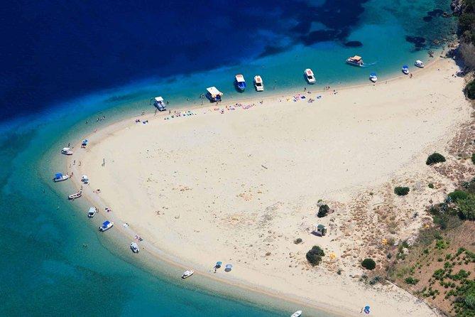 Kaiki-Bootstour zu den Keri-Höhlen von Zakynthos und zur Insel Marathonissi, um Schildkröten zu beobachten