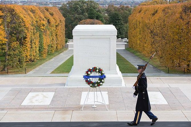 Arlington Cemetery with Morning Monuments Bus Tour