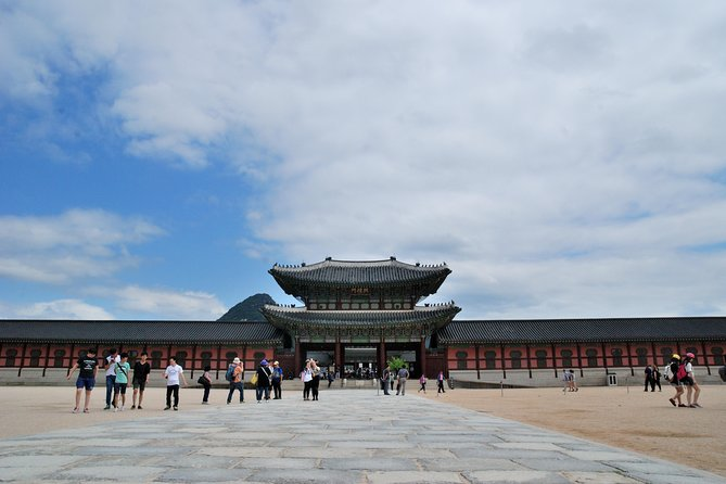 Full-Day Palace Tour in Seoul