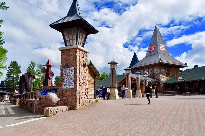 City Tour And Santa Claus Village