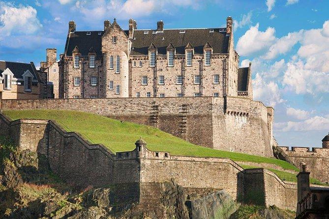 Excursão a pé com ingresso evite as filas para o Castelo de Edimburgo