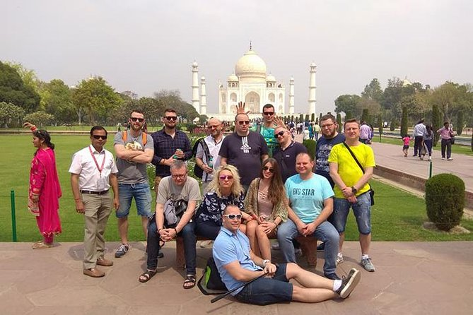 Private Tour of Taj Mahal and Agra City Sightseeing