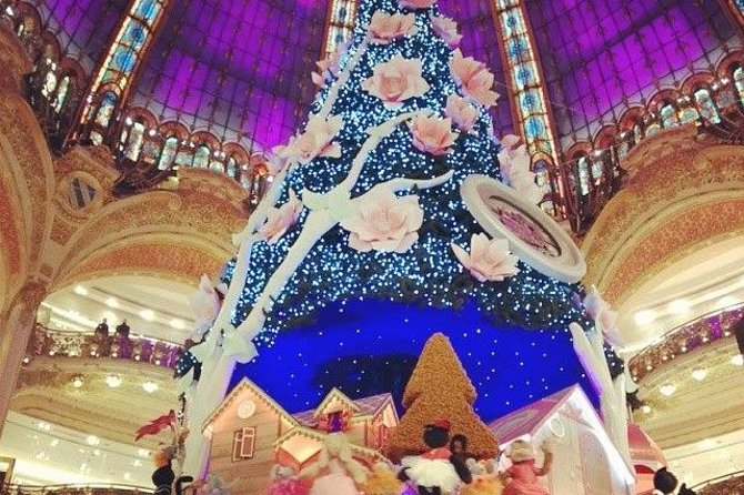 Paris Walking Tour: Christmas Food and Decorations