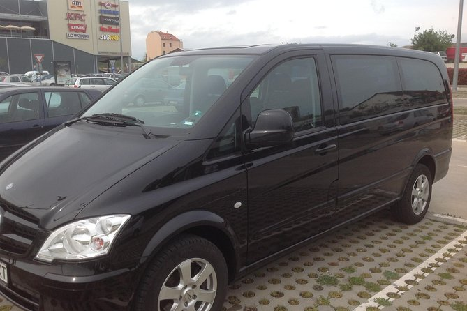 Bourgas Airport - St. Vlas | Airport Transfer,Taxi, Bus Service | Book Now