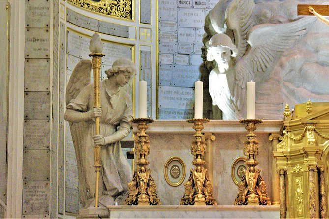 Kapel van Onze-Lieve-Vrouw van de Wonderbaarlijke Medaille Rondleiding