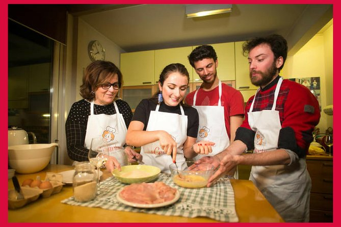 Private cooking class at a local's home with lunch or dinner in Venice