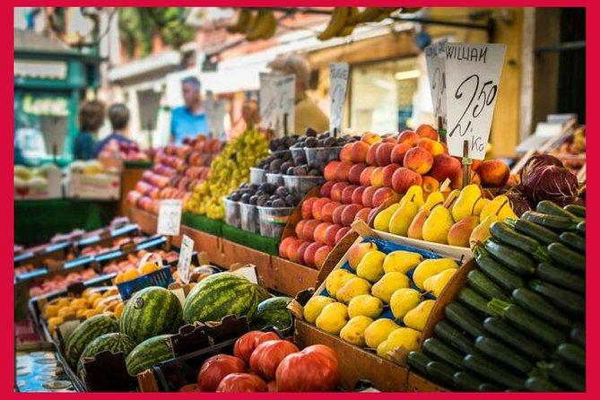 Lokalt markedbesøg og spiseoplevelse i en lokales hjem i Firenze