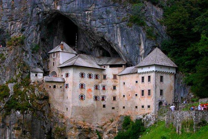 Castles & Wine Tour