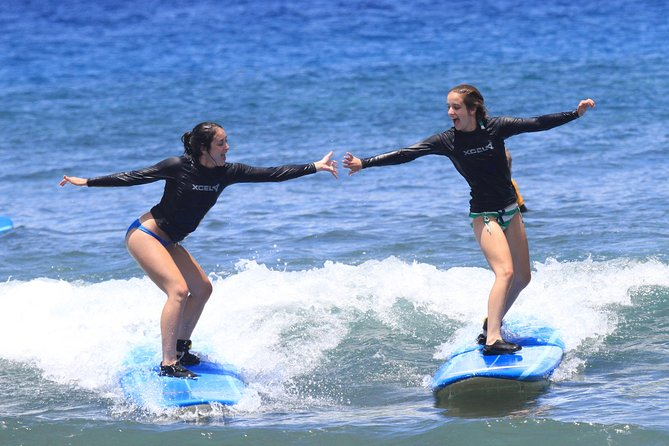 Group Surf Lesson at Ka'anapali Beach
