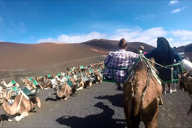 Lanzarote Camel Safari Tour no Parque Nacional de Timanfaya