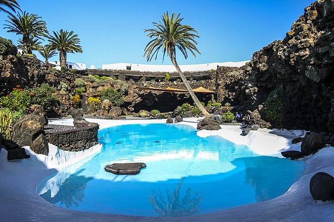 Discover the whole Lanzarote island in 2 days Tour