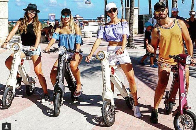 Electric Bike eco friendly 1 hour ride in Art Deco Miami Beach