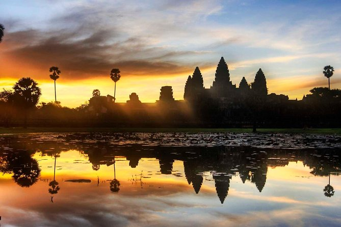 Two-days tour discovering Angkor Wat, Grand Tour and Banteay Srey Temple