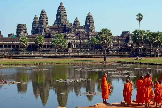 Two-days tour discovering Angkor Wat and Beng Mealea Temple