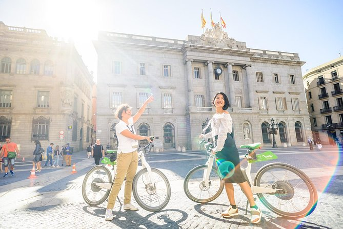 360º Barcelona eBike with Montjuic Cable Car ticket & Sailing trip