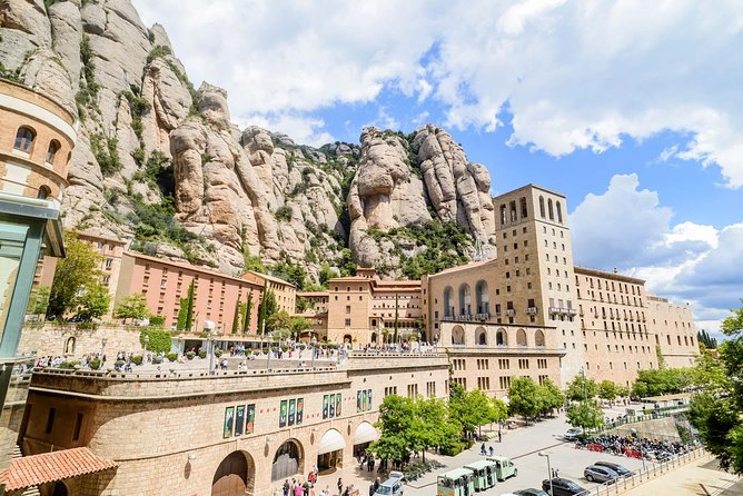Montserrat Monastery and Natural Park Hiking Premium Small Group Tour from Barcelona