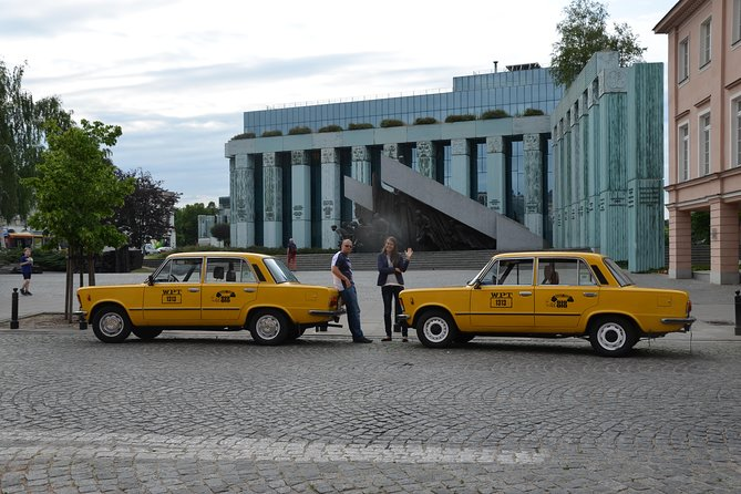 Private Historical Tour of Warsaw by a Retro Fiat with Pickup