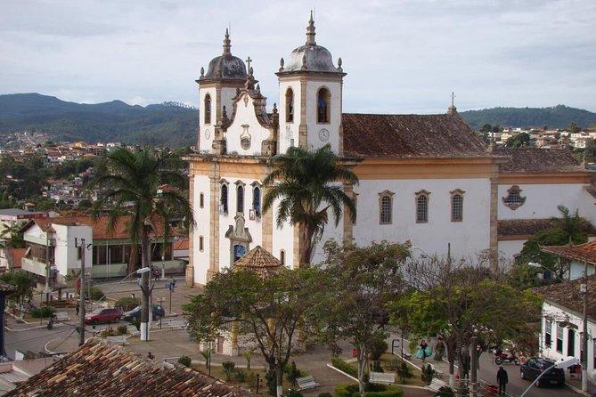 Private Transfer: Belo Horizonte CNF Confins International Airport to Caeté