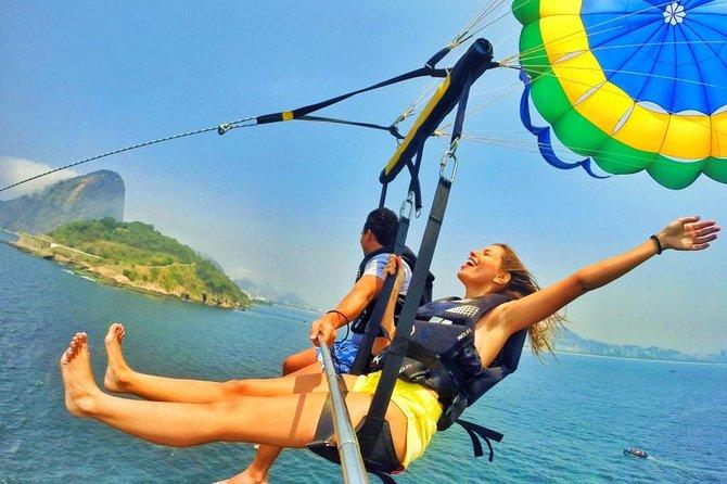 Parasailing adventure in Rio de Janeiro