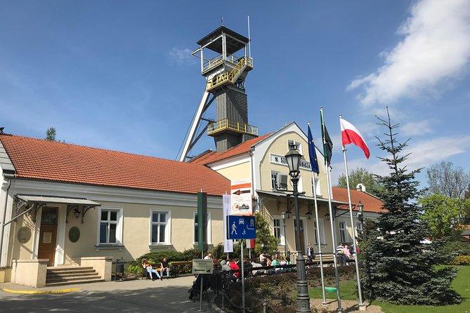 Visita guiada al museo y al monumento conmemorativo de la mina de sal de Wieliczka desde Cracovia
