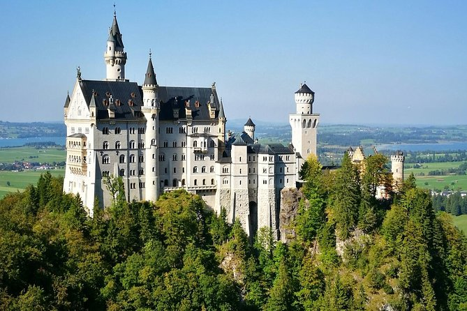 Neuschwanstein Castle BUS Tour from Munich OPT Hohenschwangau / Alpine Bike Ride