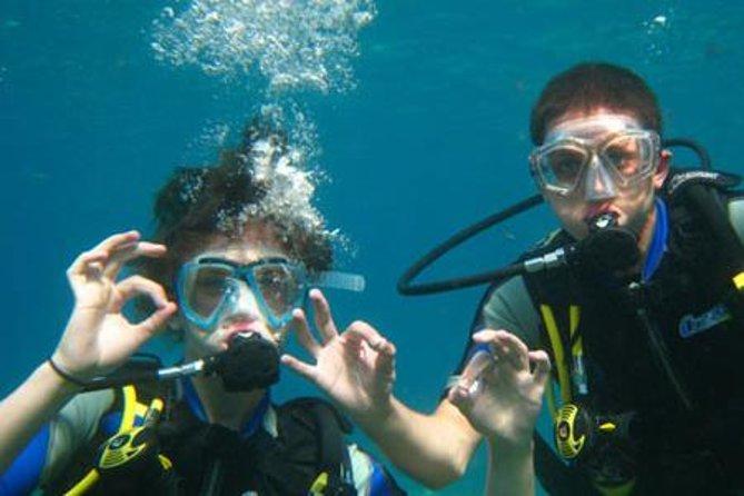 Mergulho com tanque em Ibiza: curso para iniciantes